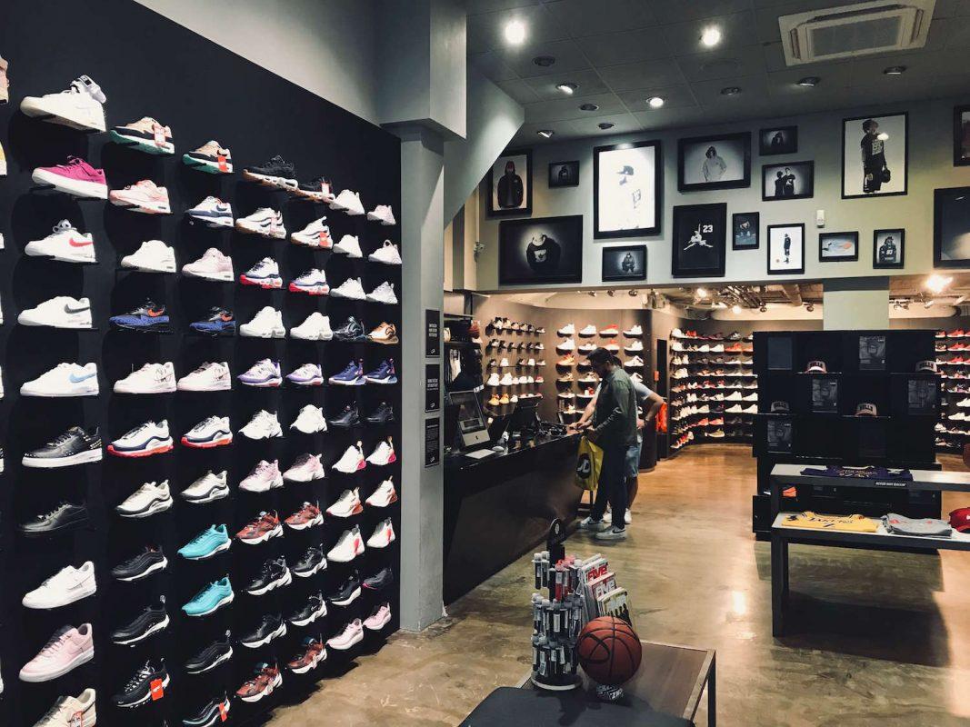 Шопинг-гайд по покупке кроссовок в Кёльне - магазин Kickz