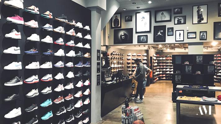 Шопинг-гайд по покупке кроссовок в Кёльне
