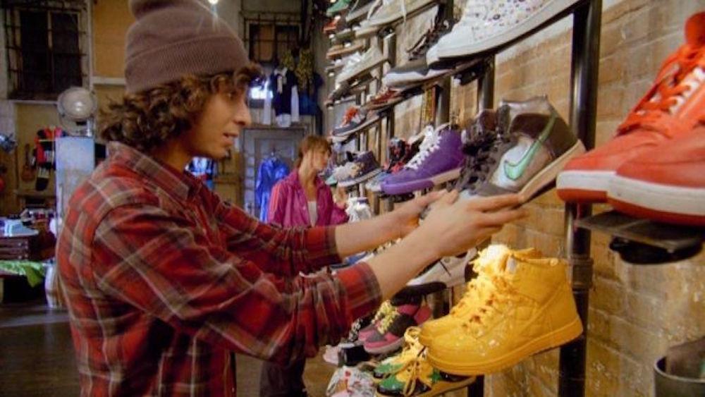 Кроссовки в кинематографе: знаковые сникер-моменты из кино - Nike Dunk Hi