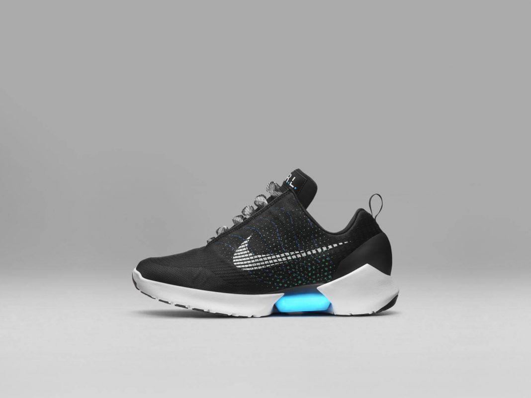 Сникер-девайсы: история компьютеризации кроссовок - Nike Hyperadapt 1.0