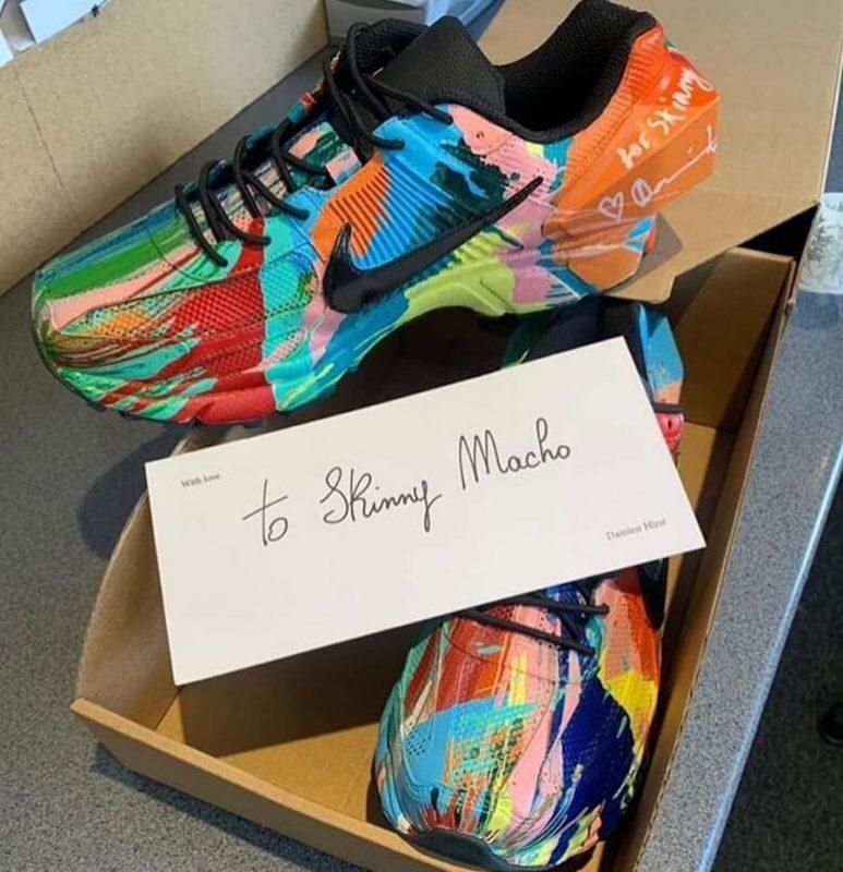 Прекрасное в обыденном: 11 современных художников и их работы для брендов кроссовок - Damien Hirst x Nike