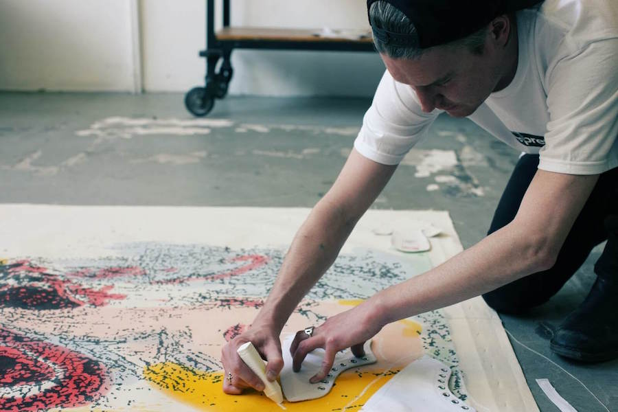 Прекрасное в обыденном: 11 современных художников и их работы для брендов кроссовок - Converse x Nate Loman